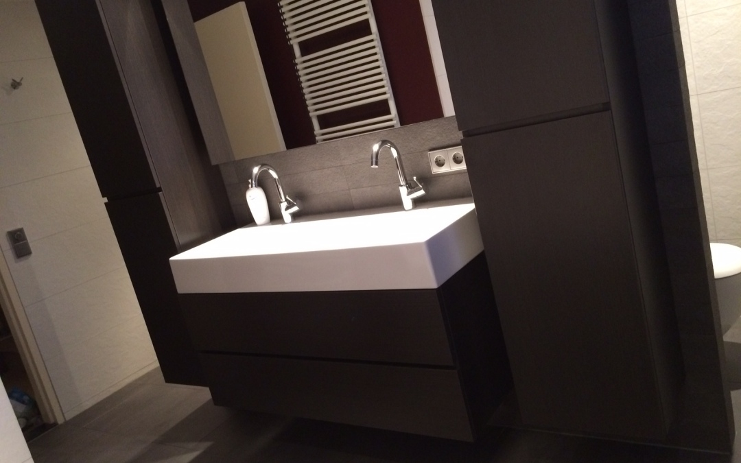 Modern badkamer meubel op maat