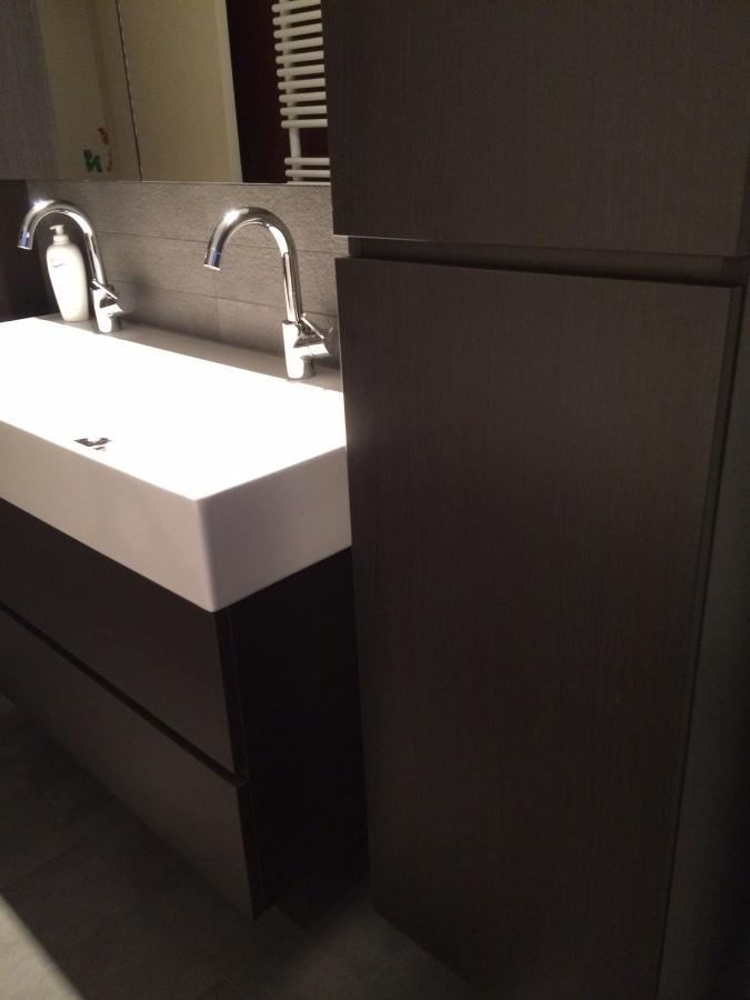 Modern badkamer meubel op maat - Gerrit Versluis