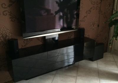 Hoogglans zwart audio meubel